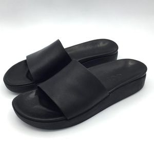 Cos leather slides